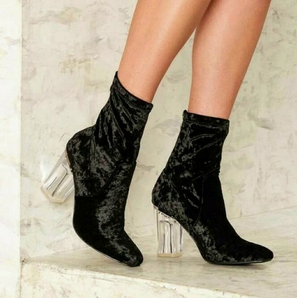 aa39b94334a2 Black Crushed Velvet chunky Lucite Heel Booties NW